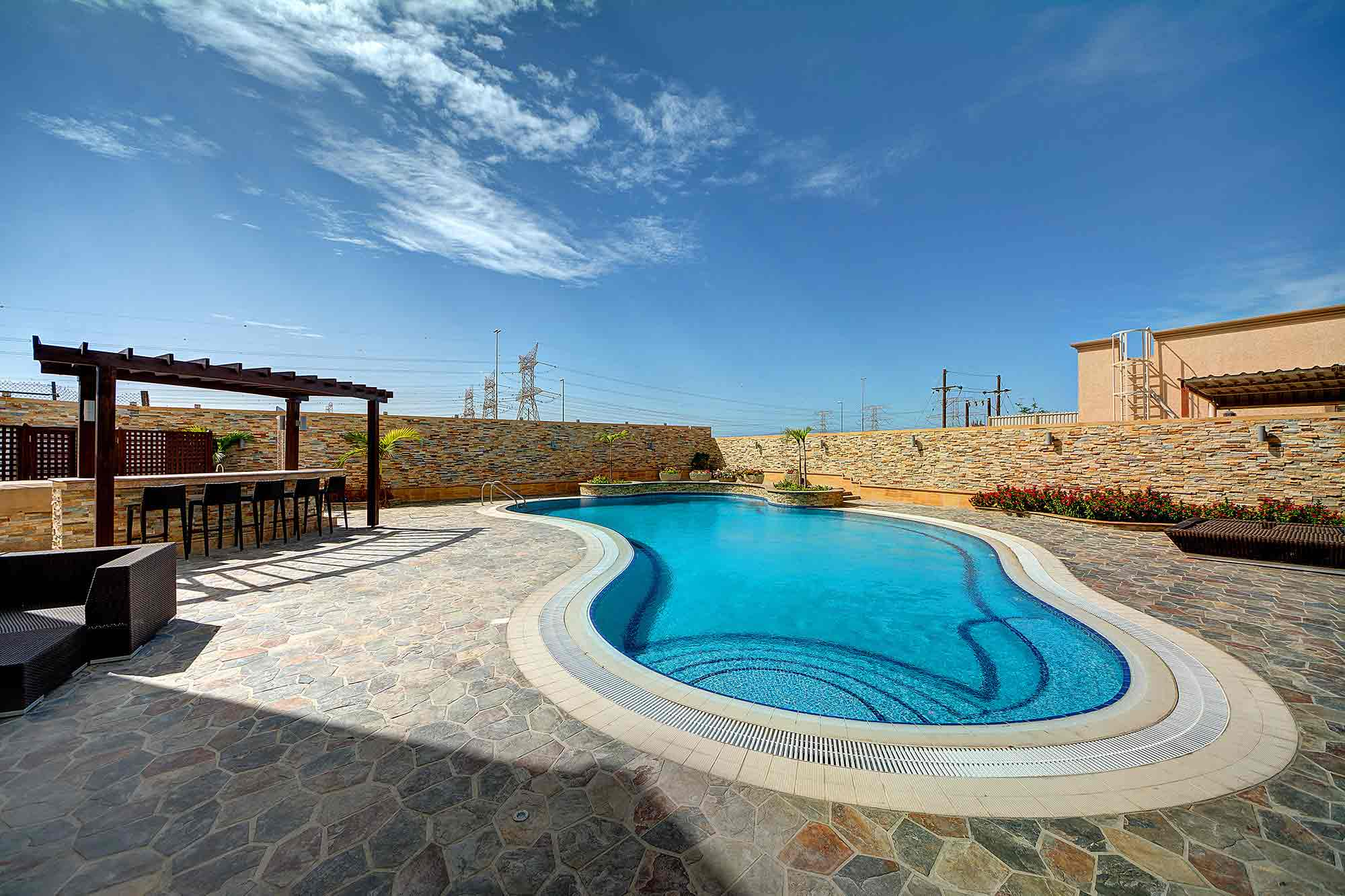 Pools R Us Dubai Gallery Swimming Pool In Dubai Pool Construction Dubai Pool Design Dubai